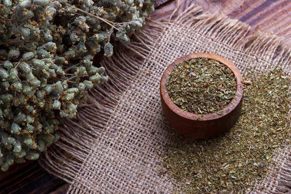 Dry Oregano in bowl